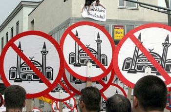 Islamophobia-J2-1
