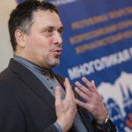 Максим Шевченко: «Думаю, что федеральный центр продавит любое своё решение, потому что в России вертикаль не слишком предусматривает договорные отношения»